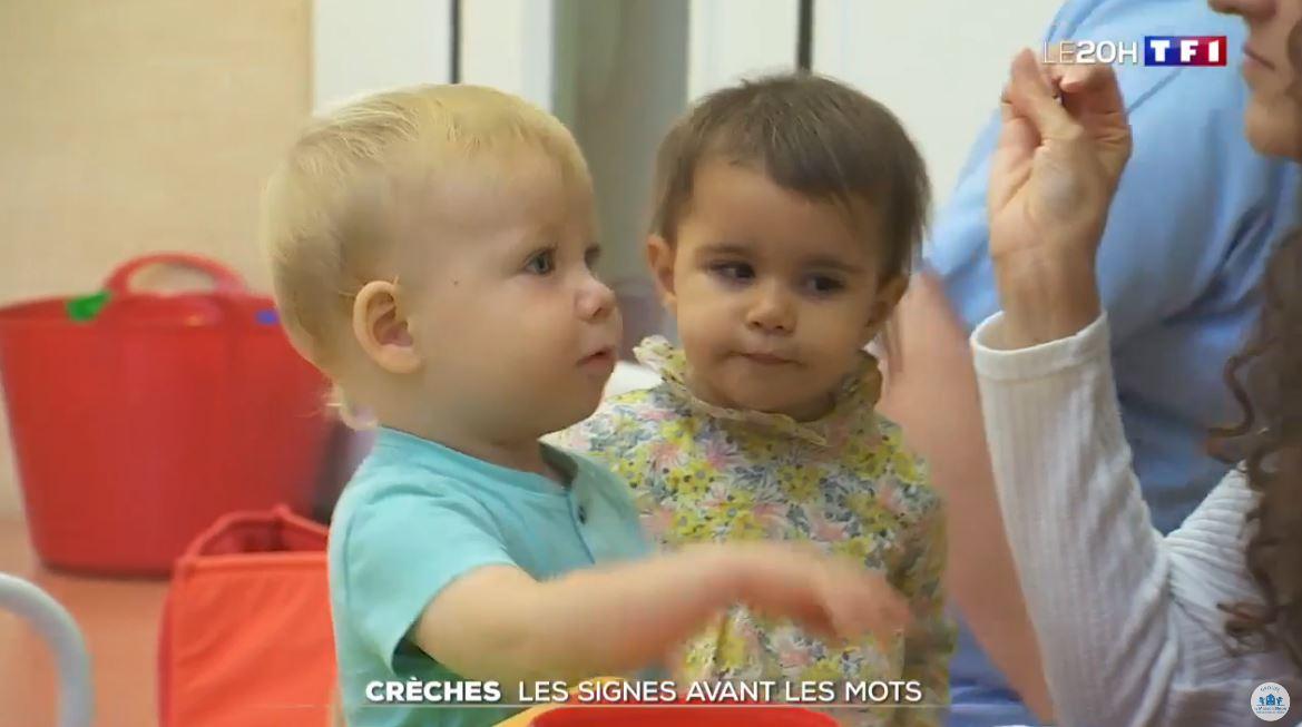vidéo les signes avant les mots TF1 JT 20h