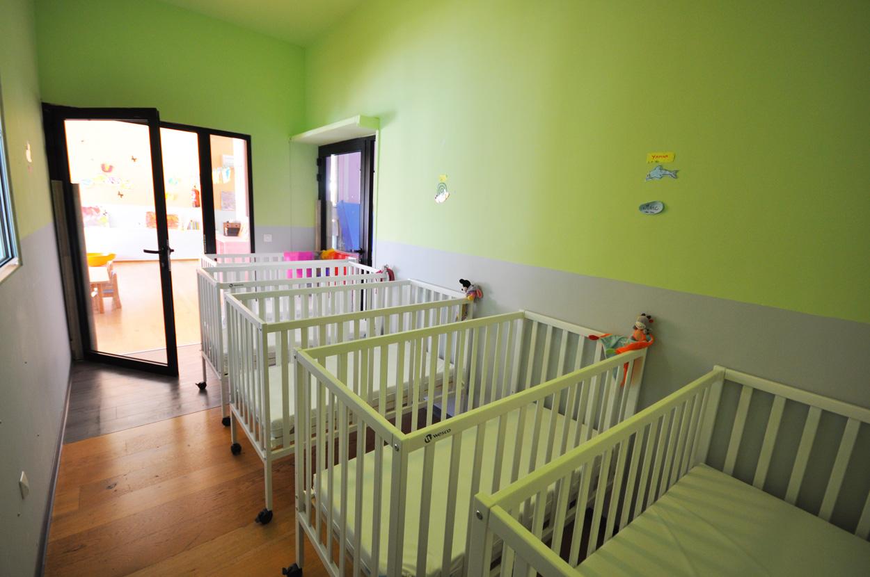 salle de repos des bébés micro-crèche Lazer