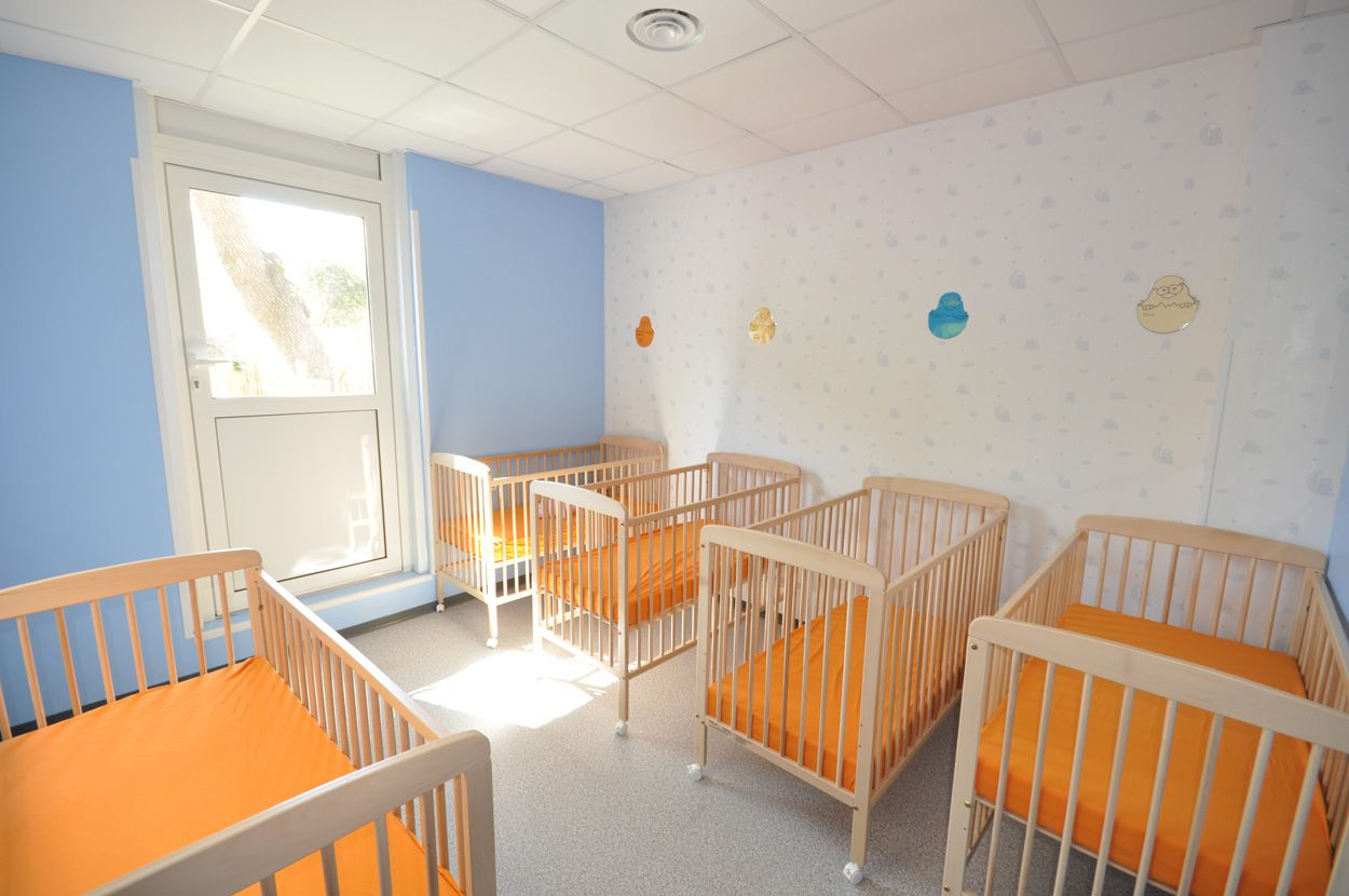 salle de repos des bébés micro-crèche Ste Anne