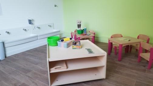 montreuil crèche colombine mobilier en bois