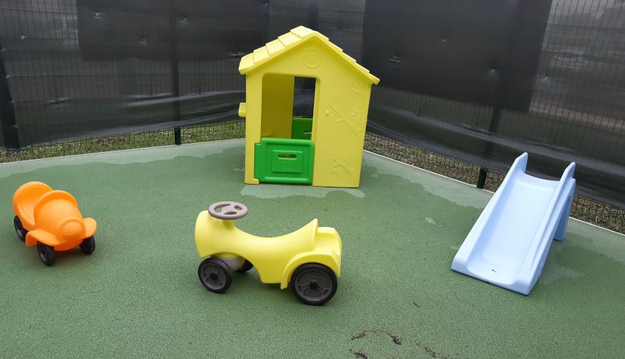 photo crèche sucrine jardin