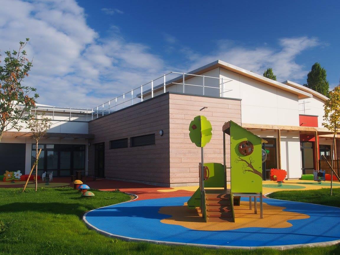 Creche villejust c lins matins villejust 91 la maison bleue - Piscine maisons laffitte horaires d ouverture metz ...